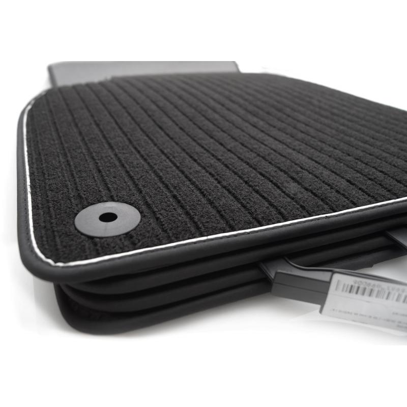 audi a6 s6 c7 4g fu matten rs6 designmatten khteile. Black Bedroom Furniture Sets. Home Design Ideas