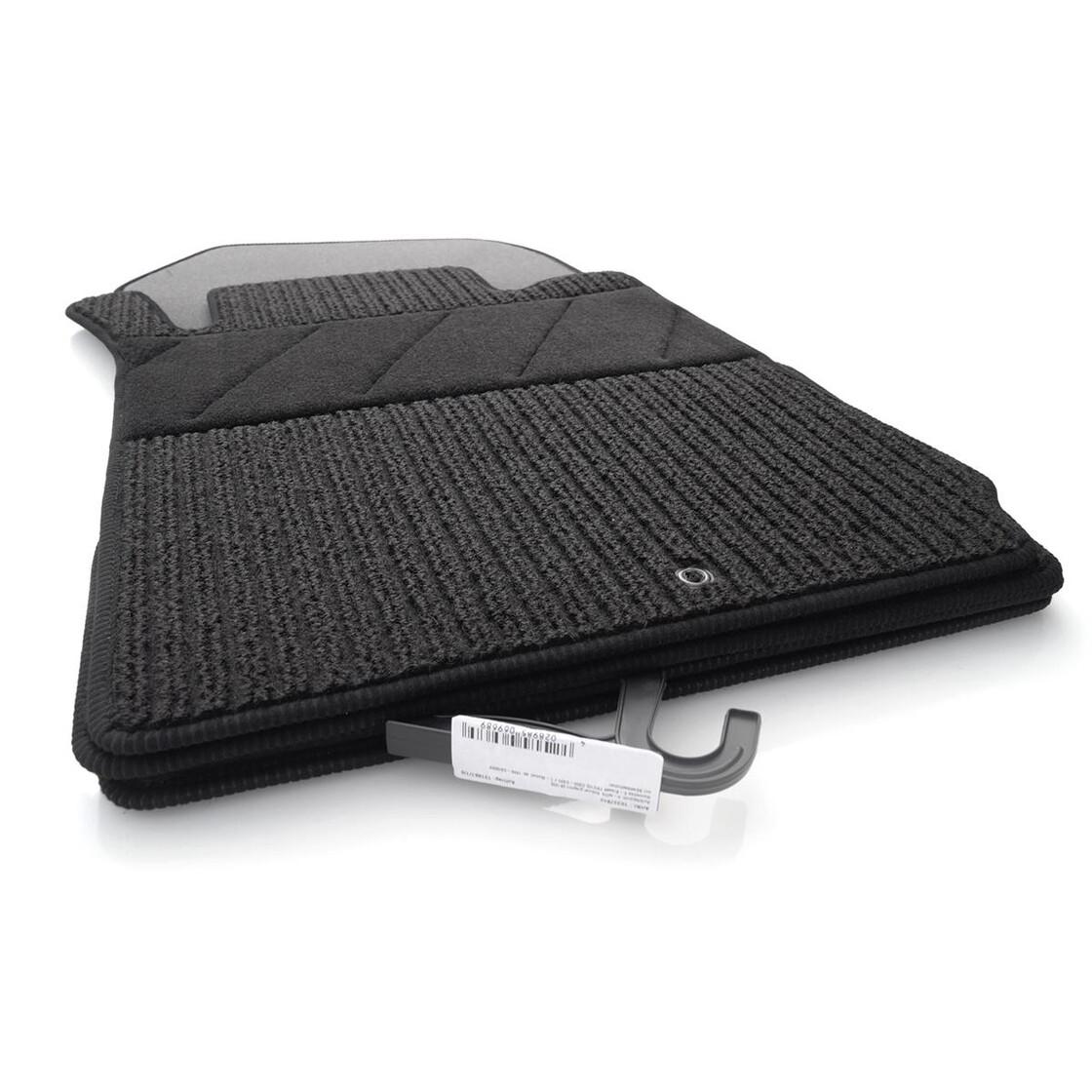 mercedes ripsmatten e klasse w210 s210 original rips auto fu matten schwarz. Black Bedroom Furniture Sets. Home Design Ideas
