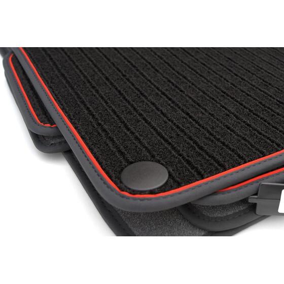 mercedes benz fu matten c klasse 4 teilig schwarz rot. Black Bedroom Furniture Sets. Home Design Ideas